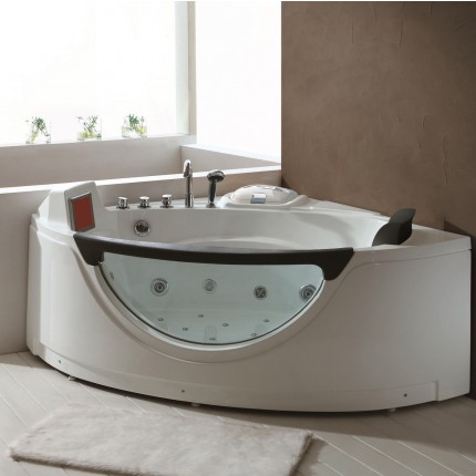 Arizona Whirlpool Tub